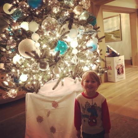 ABCC-holiday-tree-light (4)