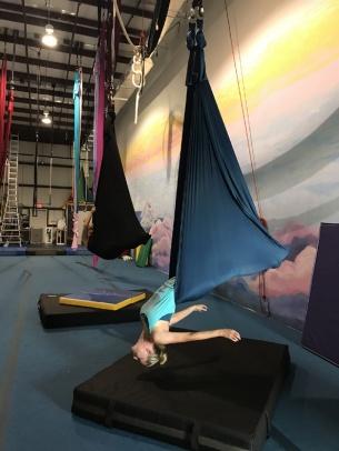 saltaer-circus-yoga (4)