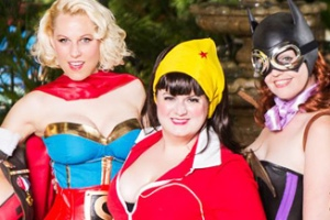 DC Bombshells at DragonCon