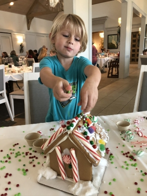 gingerbread-house-kit