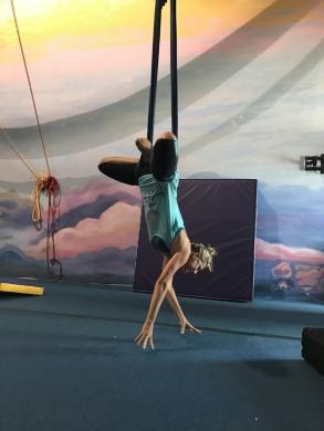 saltaer-circus-yoga (1)